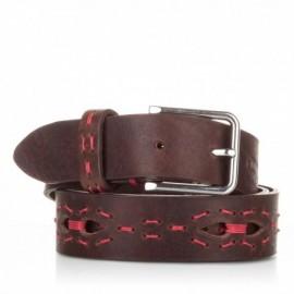 Cinturón con picados y pasados de piel marrón