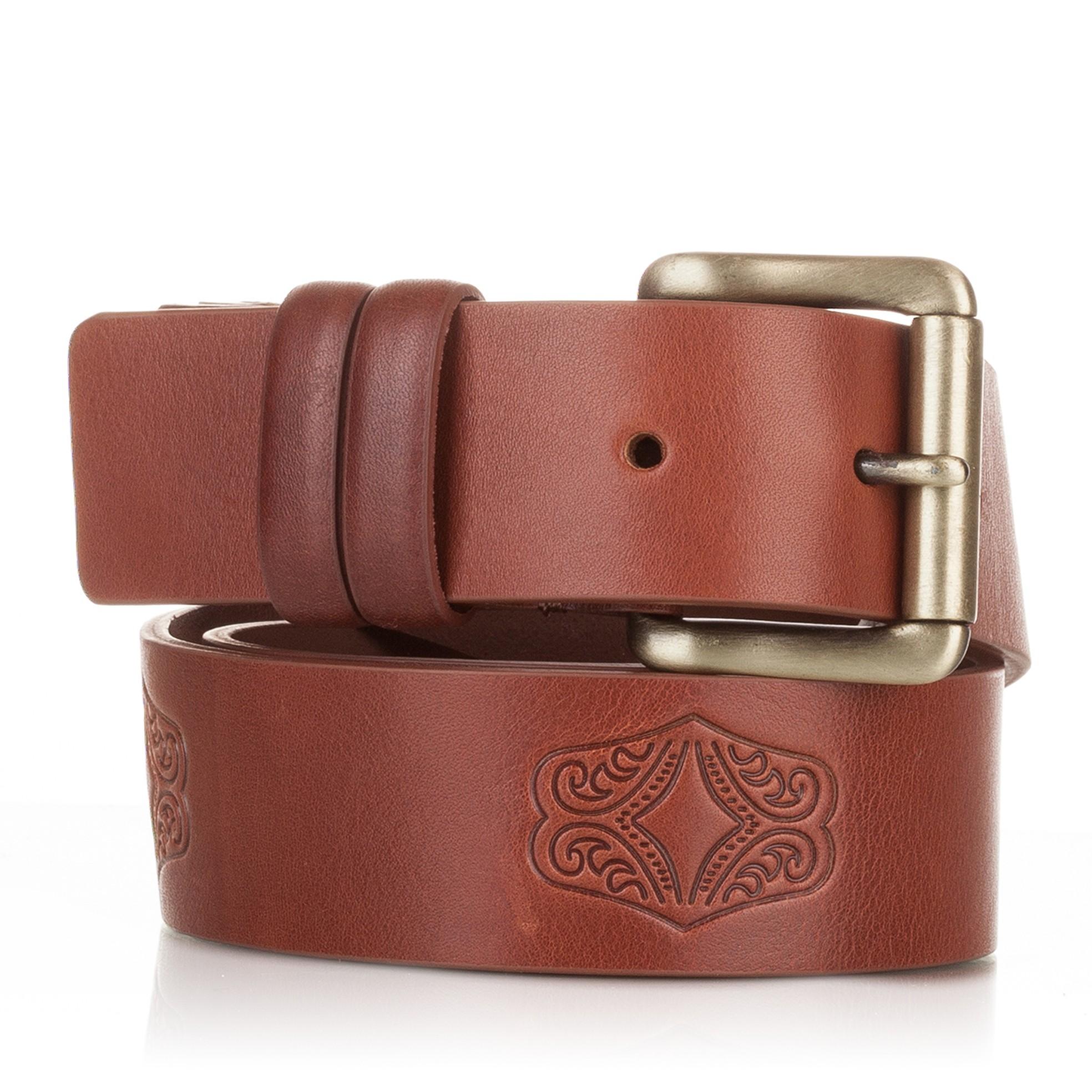7629d253f66 Cinturon grabado de piel al corte cuero