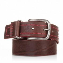 Cinturón cosido de piel marrón
