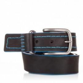 Cinturón cosido de piel negro